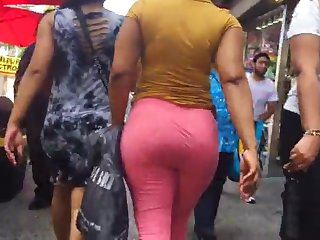 bubble contraband latina milf vtl in pink leggings