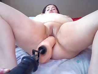 sexy bbw with the addition of her fucksaw (preview)